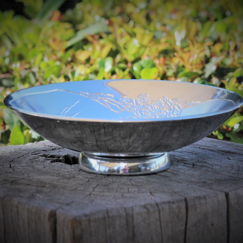Nut Bowl in Flowering Gum Pattern by Don Sheil
