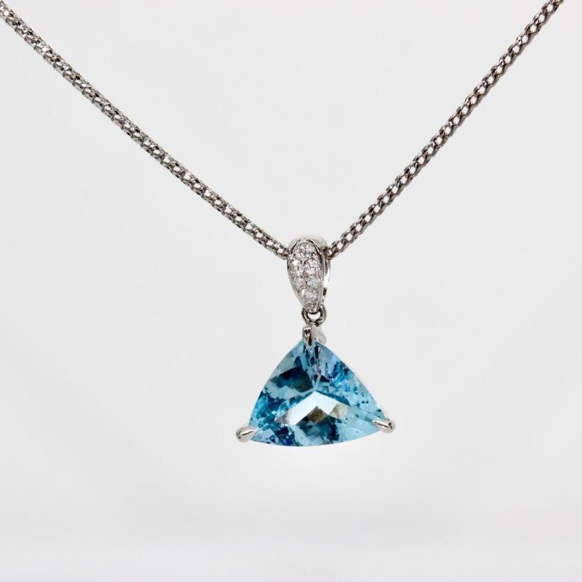 18ct White Gold Aquamarine and Diamond Pendant