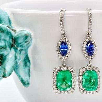 18ct White Gold Emerald, Sapphire and Diamond Drop Earrings