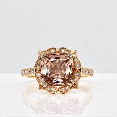18ct Rose Gold Morganite and Daimond Ring